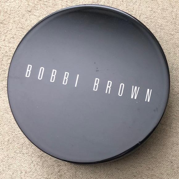 Bobbi Brown Bronzer Golden Light 1